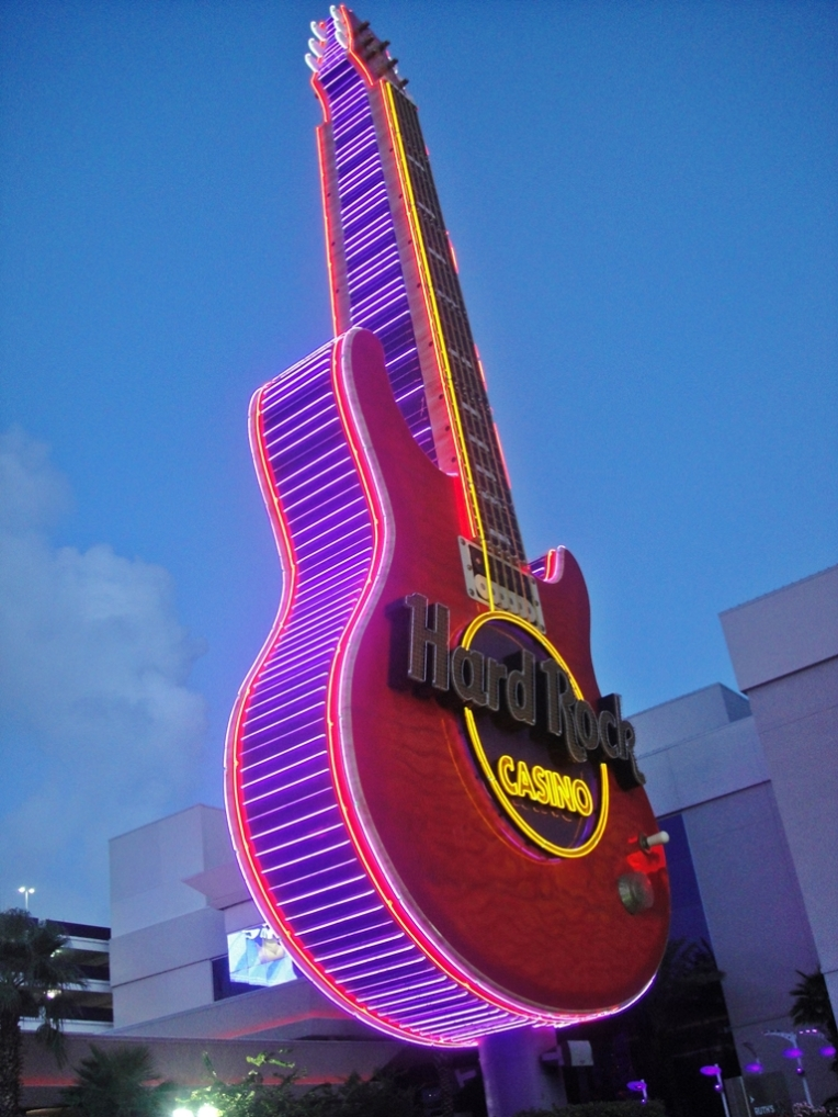 Big guitar at night!